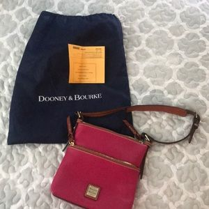 Dooney and Bourke purse, never used.